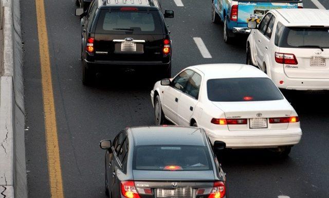 Как правильно перестраиваться на дороге?